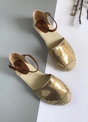 Эспадрильи в пайетки золотистые эспадрильи плетёные сандали тапочки босоножки