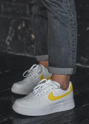 Nike air force 1 yellow logo кроссовки форс с желтым лого