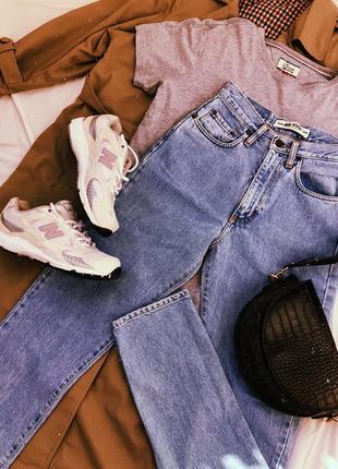 Винтажные джинсы красивого голубого цвета🔥