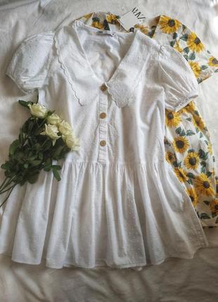 Хлопковое платье с отложным большим воротником и рукавами фонариками