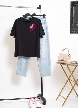 Стильная футболка оверсайз zara с камнями и мехом