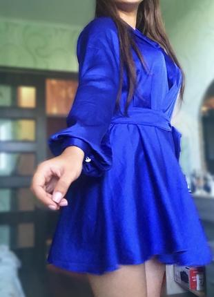 Продам женственное платье на запах