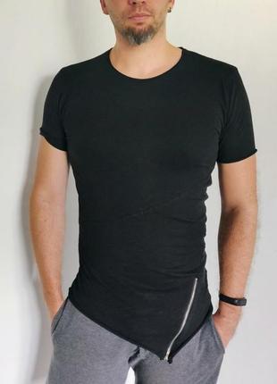 Стильна футболка, асиметричного крою