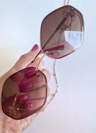 Трендовые солнцезащитные очки ромбы lucky look