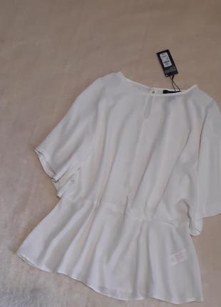 Новая с этикеткой красивая белая блузка талия резинка широкий короткий рукав р.16 primark