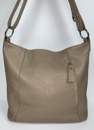 Италия! кожаная фирменная практичная  летняя сумочка на/ через плечо borse in pelle.