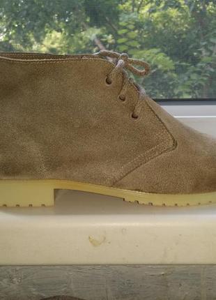 Оливковые замшевые ботинки туфли на шнуровке  made in england натуральная кожа