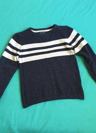Хлопковый фактурный свитерок на 5-7 лет