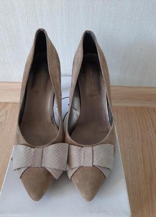 Туфли замшевые tamaris p 39