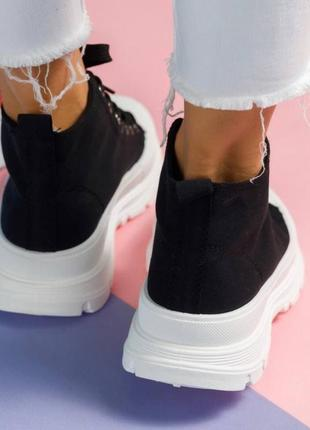 Кеды высокие женские черного цвета на шнуровке с прорезиненым носком 36-41