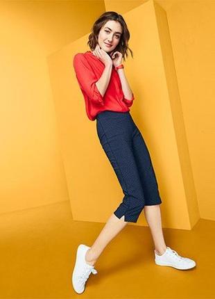 Темно-сині еластичні штани довжиною 3/4 від tchibo (німеччина), розмір наш:  46-48 (40/42