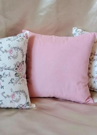 Декоративная наволочка с цветочным узором 40*40 с водоотталкивающей ткани