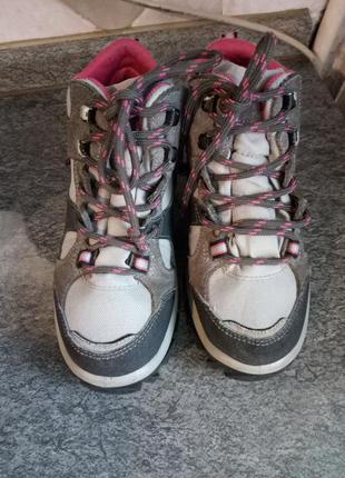 Ботинки quechua .французский бренд, размер 31
