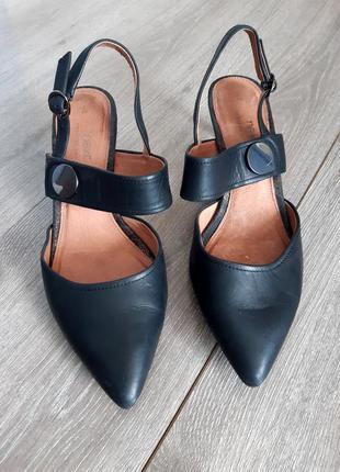 Туфли кожаные чёрные размер 38-38.5