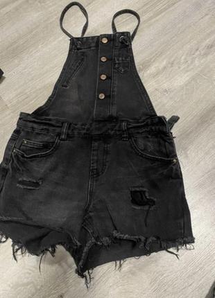 Комбинезон джинс (стильный) в идеальном состоянии. ‼️ (срочная продажа вещей по низким ценам!)