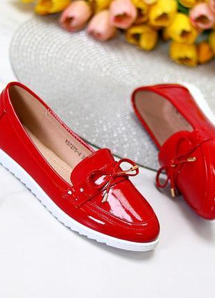 Мокасины красные эко лак стильный