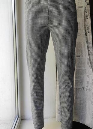 Классные стрейчевые брюки