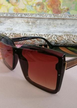 Эксклюзивные брендовые коричневые солнцезащитные женские очки  квадраты 2021