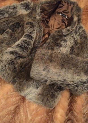 Шуба искуственная короткая под волка