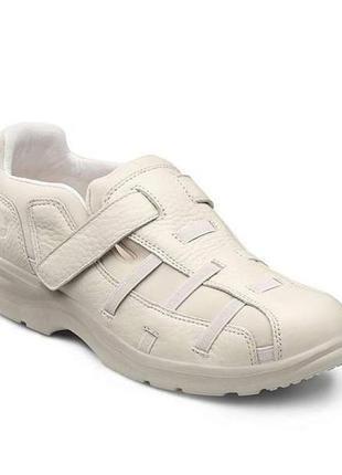 Новые кожаные ортопедические туфли