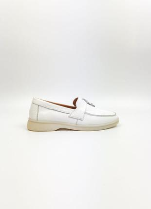 Мокасины кожаные туфли белые женские