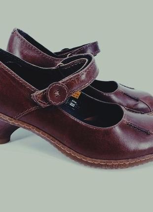 Dr. martens: удобнейшие туфли