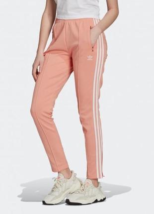 Спортивные штаны adidas sst pants