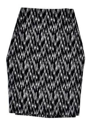 Marks & spencer черно серая юбка карандаш в принт зигзаг.хл.14.42