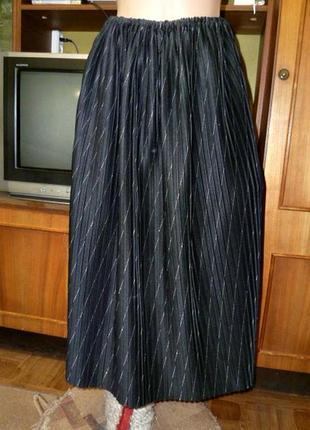 Удобнейшая красивая плиссированная черная юбка-миди универсальный большой размер