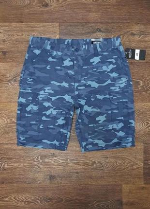 Классные мужские шорты камуфляжные identic