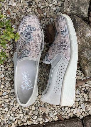 Фирменные удобные женские слипоны туфли rieker(германия)39р.