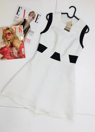 Фактурное кукольное белое платье от goelia