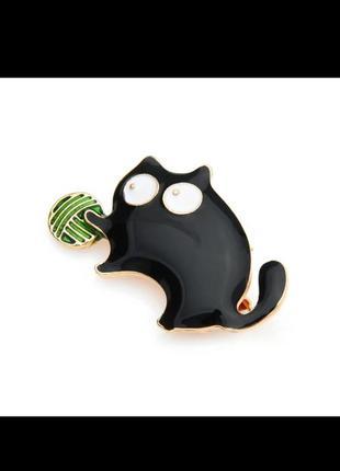 Брошь эмаль котик черный
