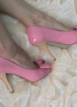 Туфли лодочки женские на каблуке шпильке