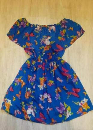 Платье яркое в бабочки