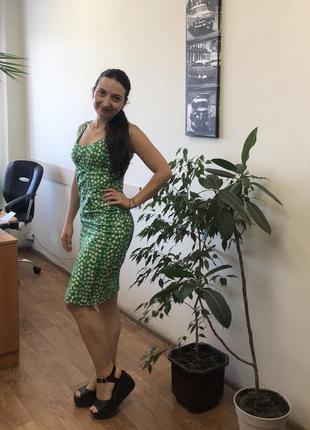 Красивое натуральное платье