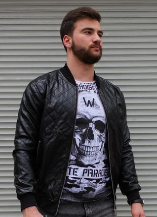 Мужская кожаная куртка стеганная в ромбик чёрная