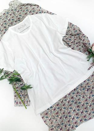 Классическая футболка белого цвета которую все ищут
