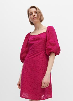 Ажурное платье платье сукня розовое фуксия reserved с кружевом прошвой хлопковое