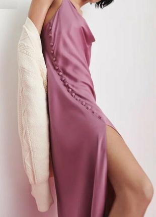 Новое платье, роскошное вечернее, в бельевом стиле, глубокое декольте