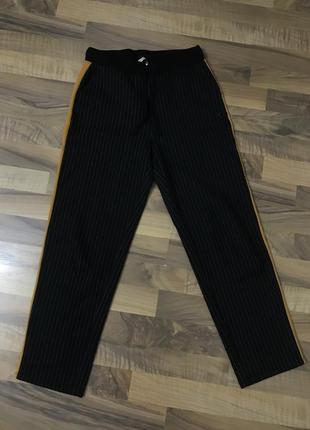Чёрные штаны брюки zara с лампасами осень-зима