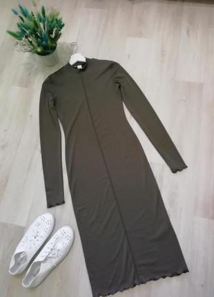 Платье миди с длинным рукавом