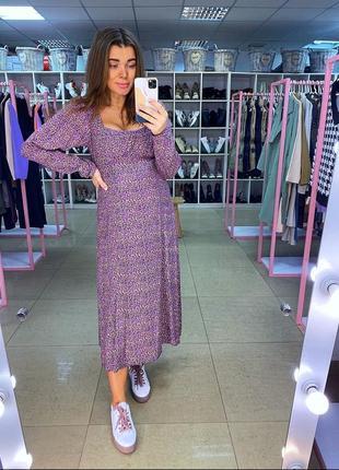 Платье миди с длинвми рккавами