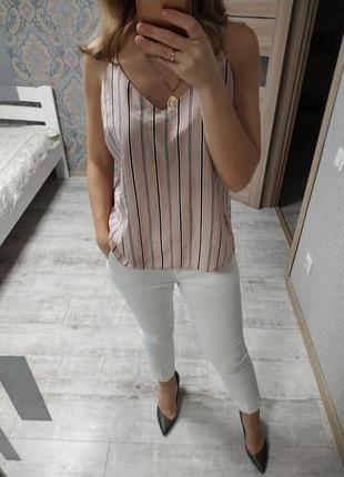 Нежная красивая блуза майка на тонких бретелях