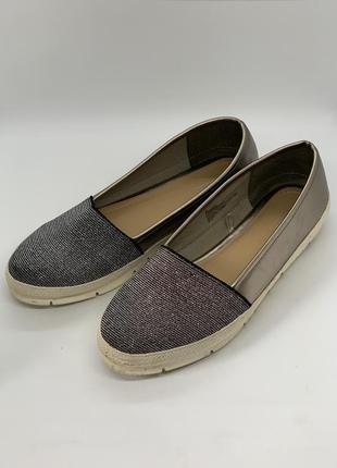 Туфли слиплны серебро 39р