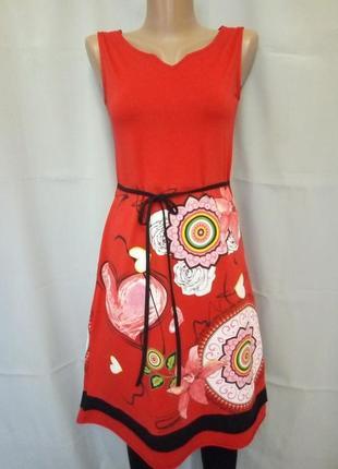 Яркое трикотажное натуральное платье