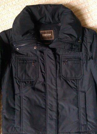 Теплая куртка geox, на синтепоне, размер m-l