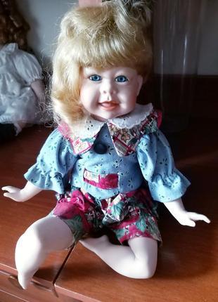 Фарфоровая кукла, коллекционная