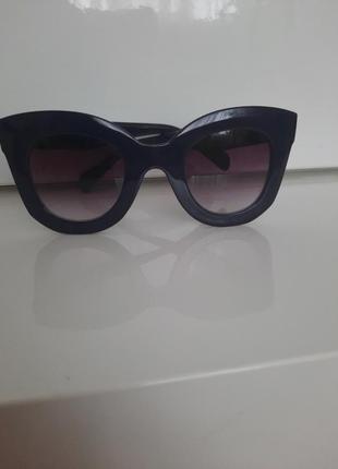 Фирменные солнцезащитные очки hand made темно синие !