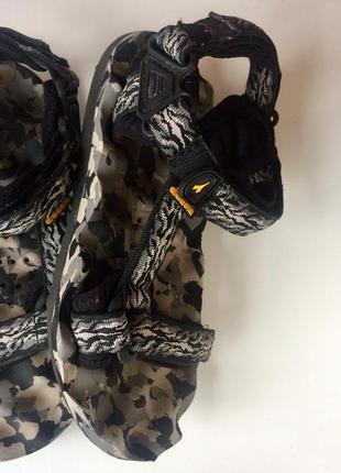 Треккинговые сандалии diadora
